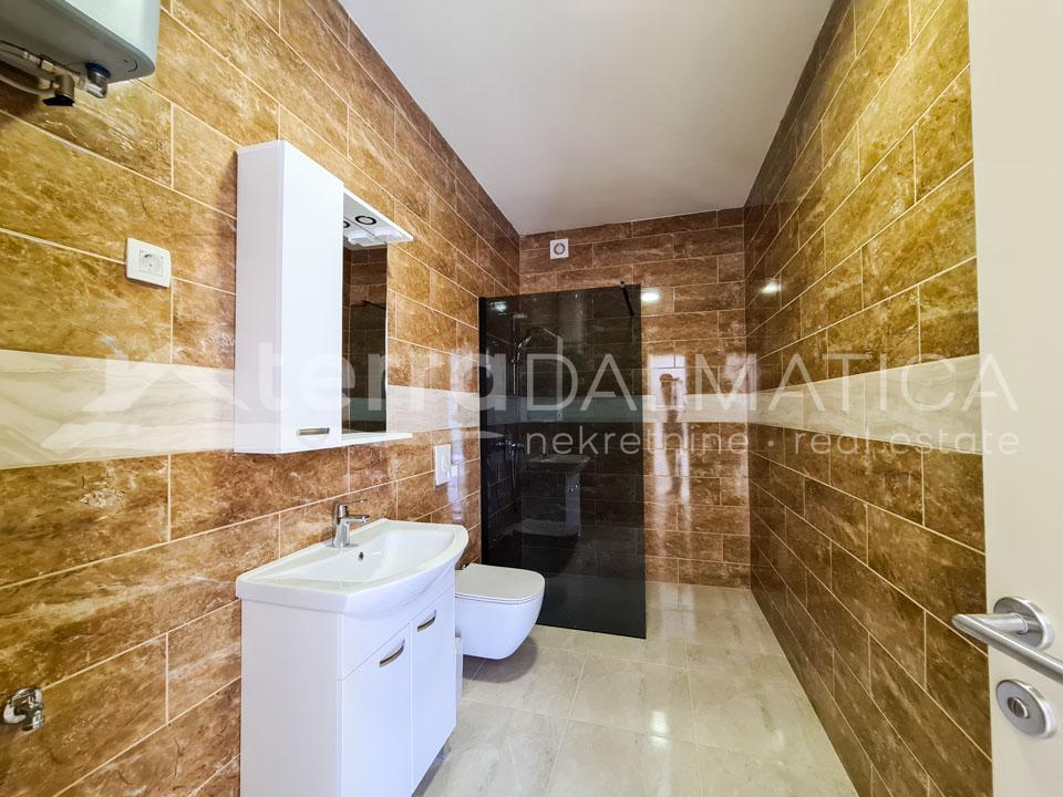 Zaboric - two bedroom apartment in a new building - bathroom