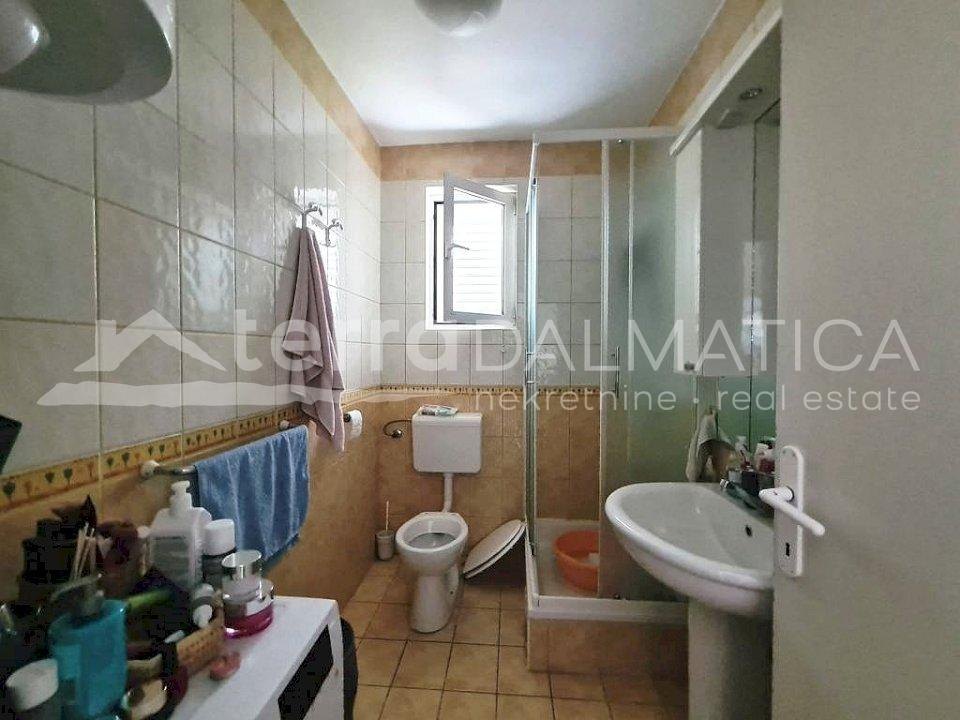 Šibenik - one bedroom apartment in Baldekin - bathroom
