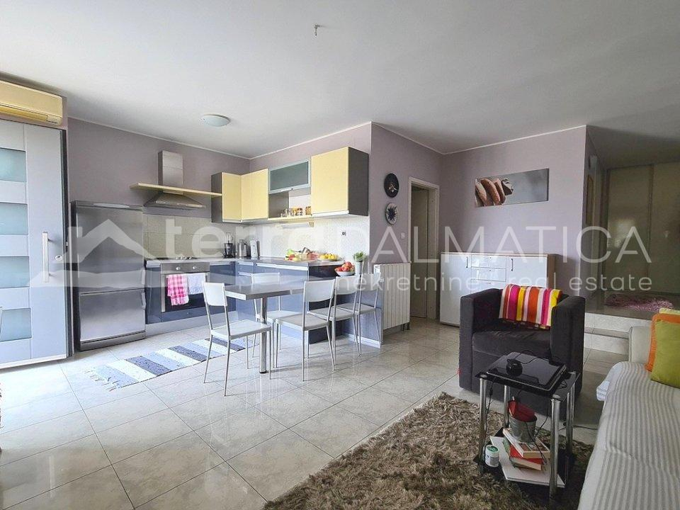 Šibenik - one bedroom apartment in Baldekin - kitchen