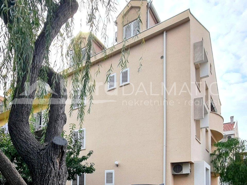 Šibenik - furnished two bedroom apartment - appearance of the building