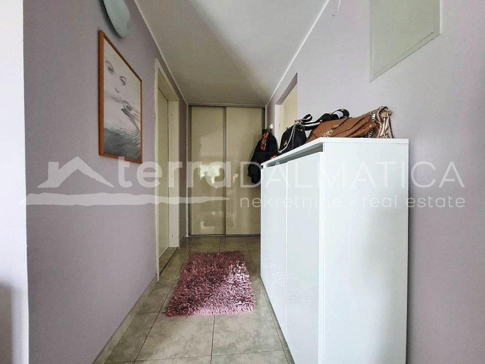 Šibenik - one bedroom apartment in Baldekin - hallway