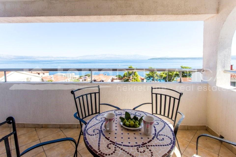 Solta - house with three apartments and a beautiful sea view - terrace - second floor