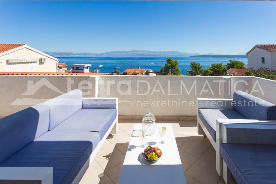 Solta -house with three apartments and a beautiful sea view - view - first floor