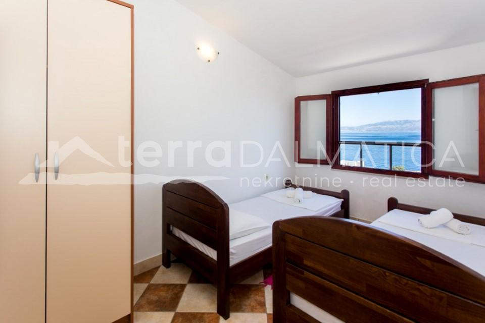 Solta - house with three apartments and a beautiful sea view - room - second floor