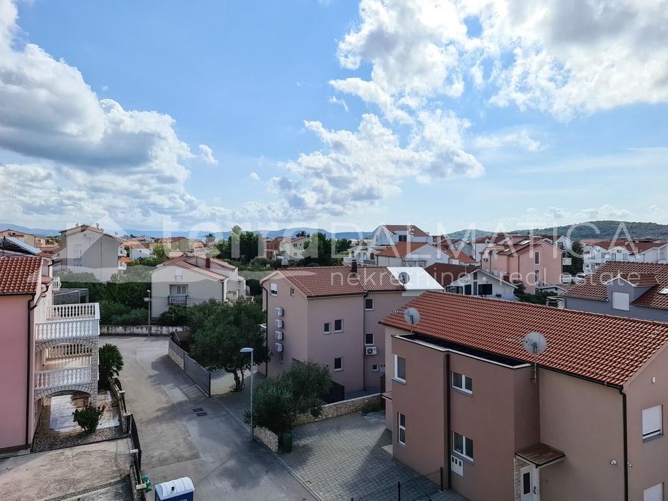 Apartments for sale in a new building in Vodice, Srima