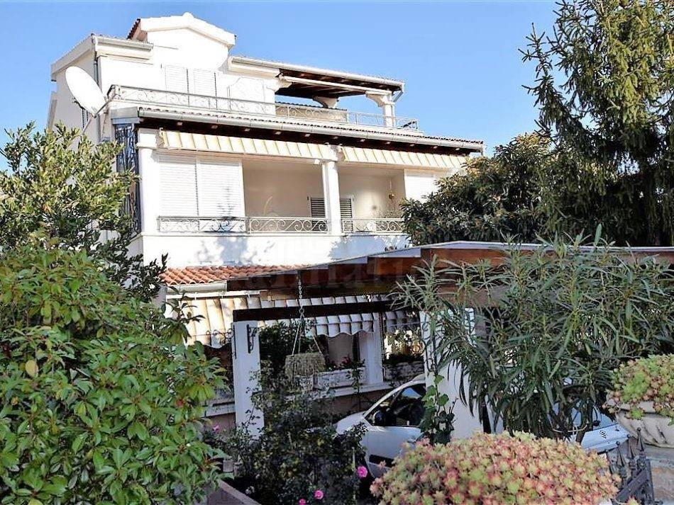 2. House in Zaboric for sale