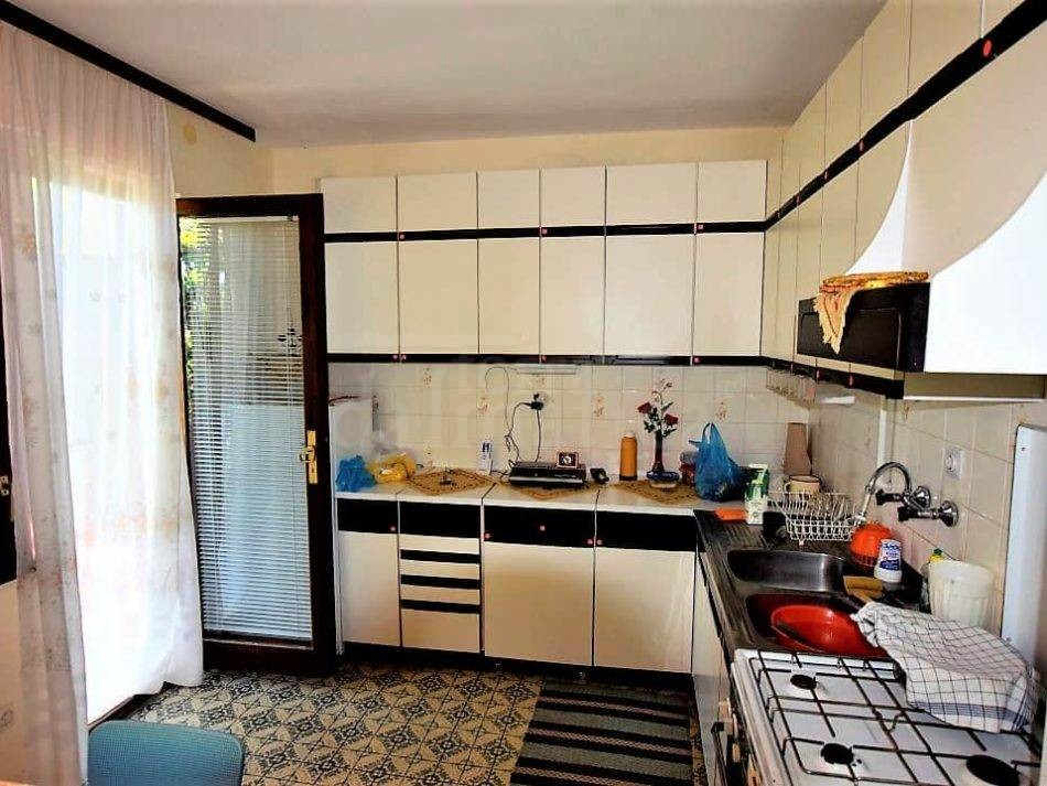 House in Pakostane_for sale
