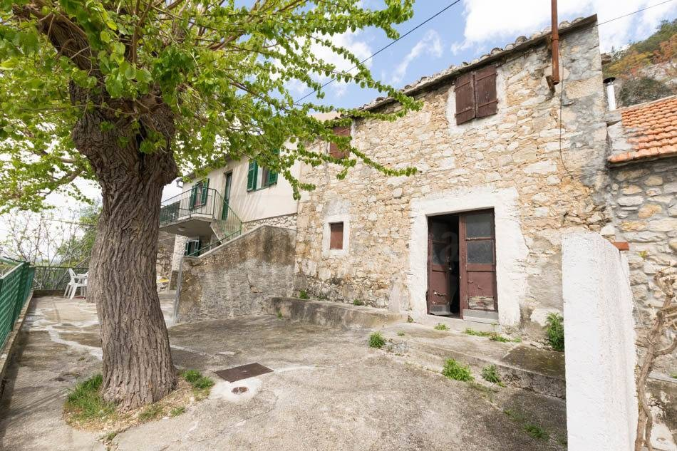 Old stone house for sale