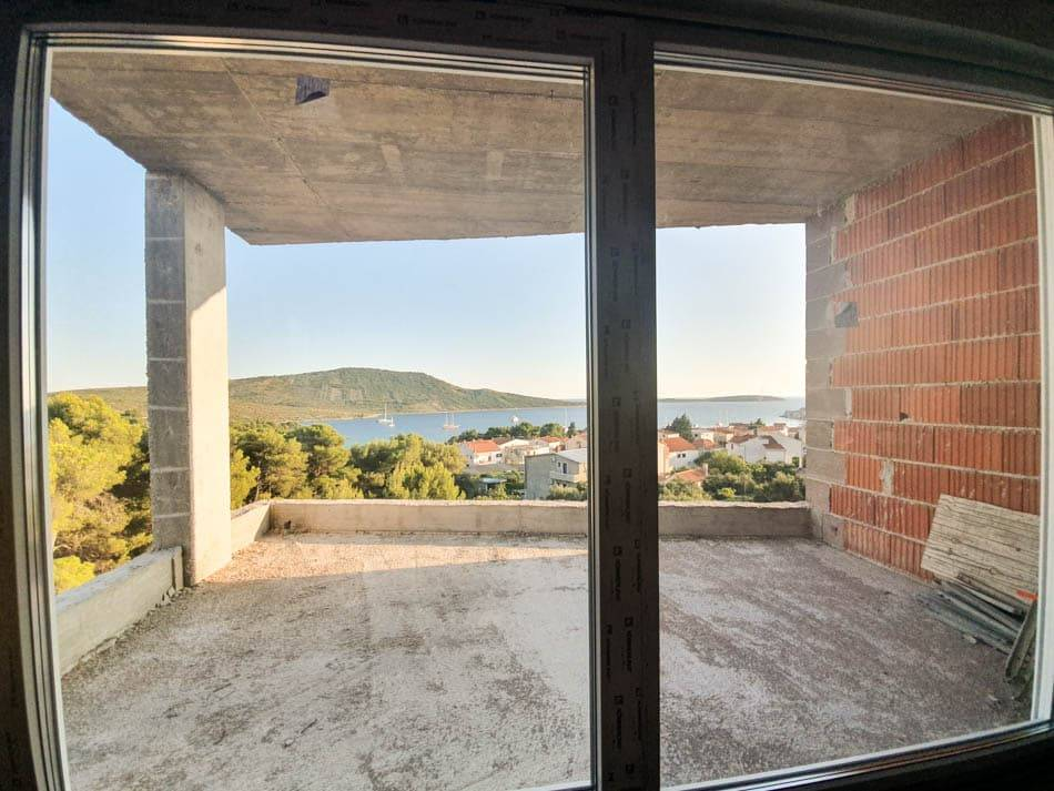 Apartment in Primošten with sea view